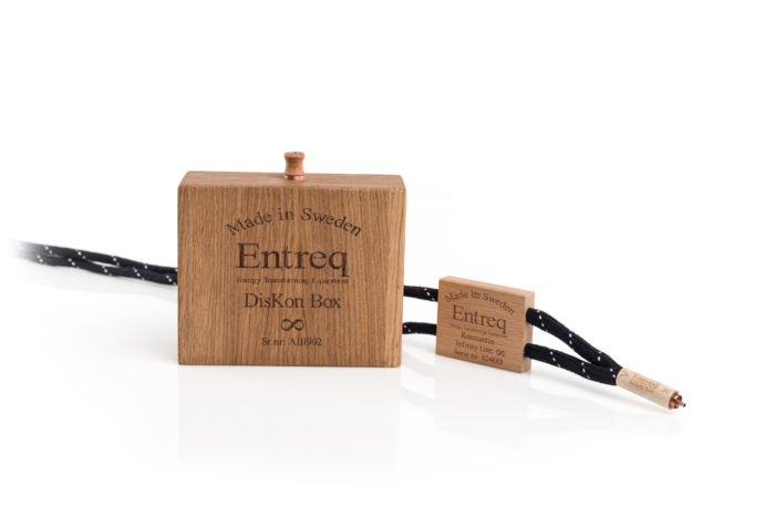 Entreq Konstantin Infinity RCA @ Audio Therapy