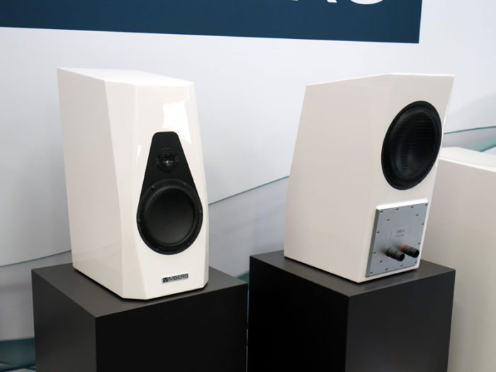 Vimberg Amea Front & Rear @ Audio Therapy