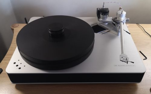 Dr Feickert Woopecker Turntable @ Audio Therapy
