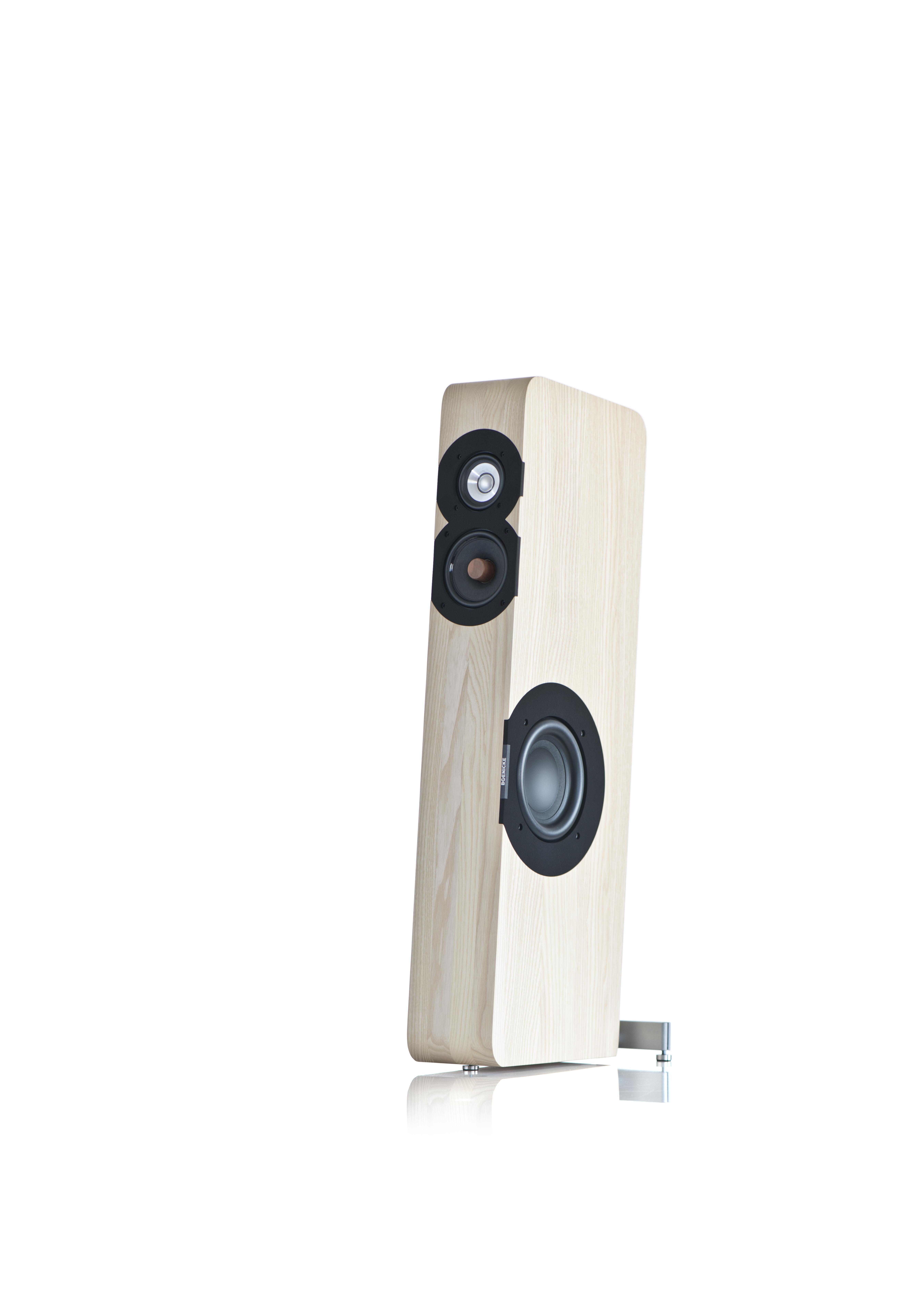 Boenicke Audio W8 Angle @ Audio Therapy