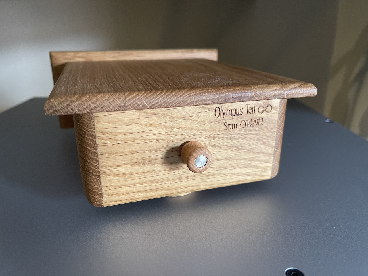 Entreq Olympus Ten Tungsten Ground Box @ Audio Therapy